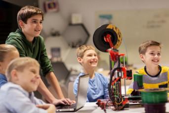Care e impactul tehnologiei asupra copiilor cu vârste între 5 - 15 ani și cum putem maximiza folosirea acesteia spre beneficiul lor?