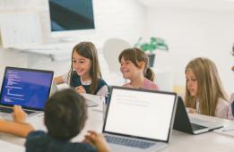 5 motive pentru care copii trebuie să învețe programarea în anul 2020