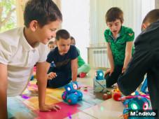 Motivație pentru învățat: cum le arătăm copiilor că se pot distra în timp ce învață